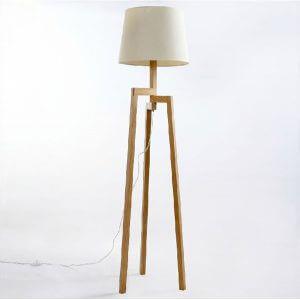 Lampadaire Ikea au design minimaliste Nordic