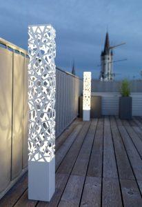 Lampadaire exterieur design moderne en blanc