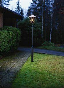 Lampadaire de jardin extérieur en cuivre, aluminium et verre
