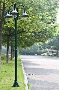 Lampadaire extérieur triple vert 220 cm