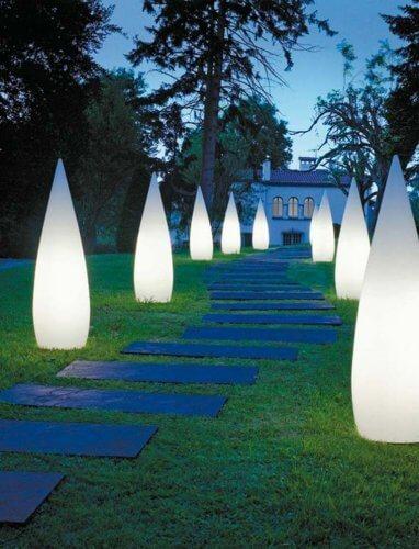 lampadaire jardin fantome