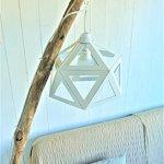 Lampadaire Origami blanc et bois flotté